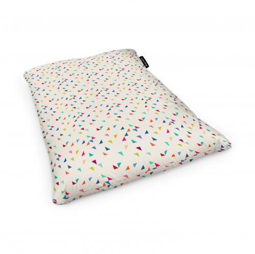 Fotoliu units puf (bean bags) tip perna - impermeabil - bej cu triunghiuri multicolore - Camera bebelusului - Bean bags
