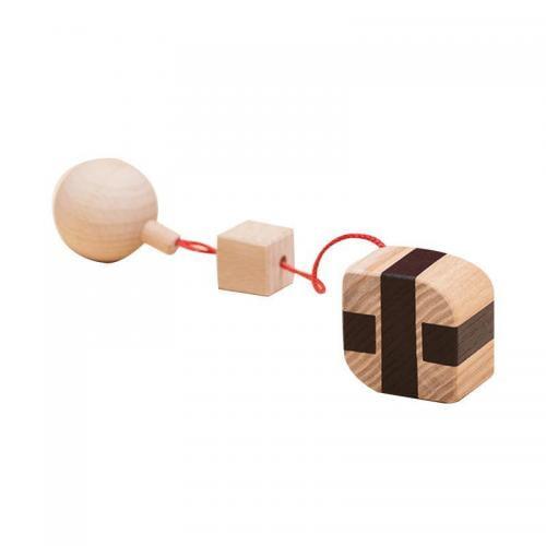 Jucarie din lemn corp geometric prisma-frunza - natur-negru - pentru carusel / centru de activitati - Mobbli - Jucarii copilasi -