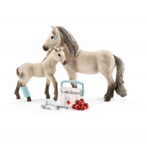 SCHLEICH Set de prim ajutor al lui Hannah Horse Club - Jucarii copilasi - Figurine pop